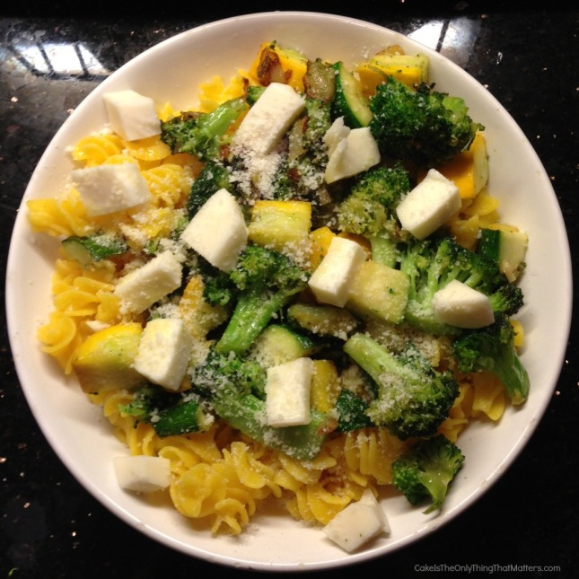 Gluten-free pasta with summer squash and broccoli from CakeIsTheOnlyThingThatMatters.com