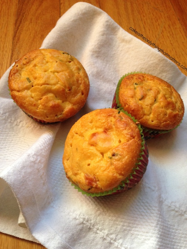 Savory breakfast muffins with ham & chives! (You'd NEVER know they're gluten free!)